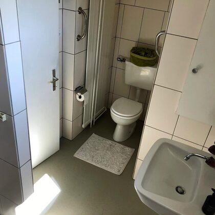 Dusche / WC der Ferienwohnung